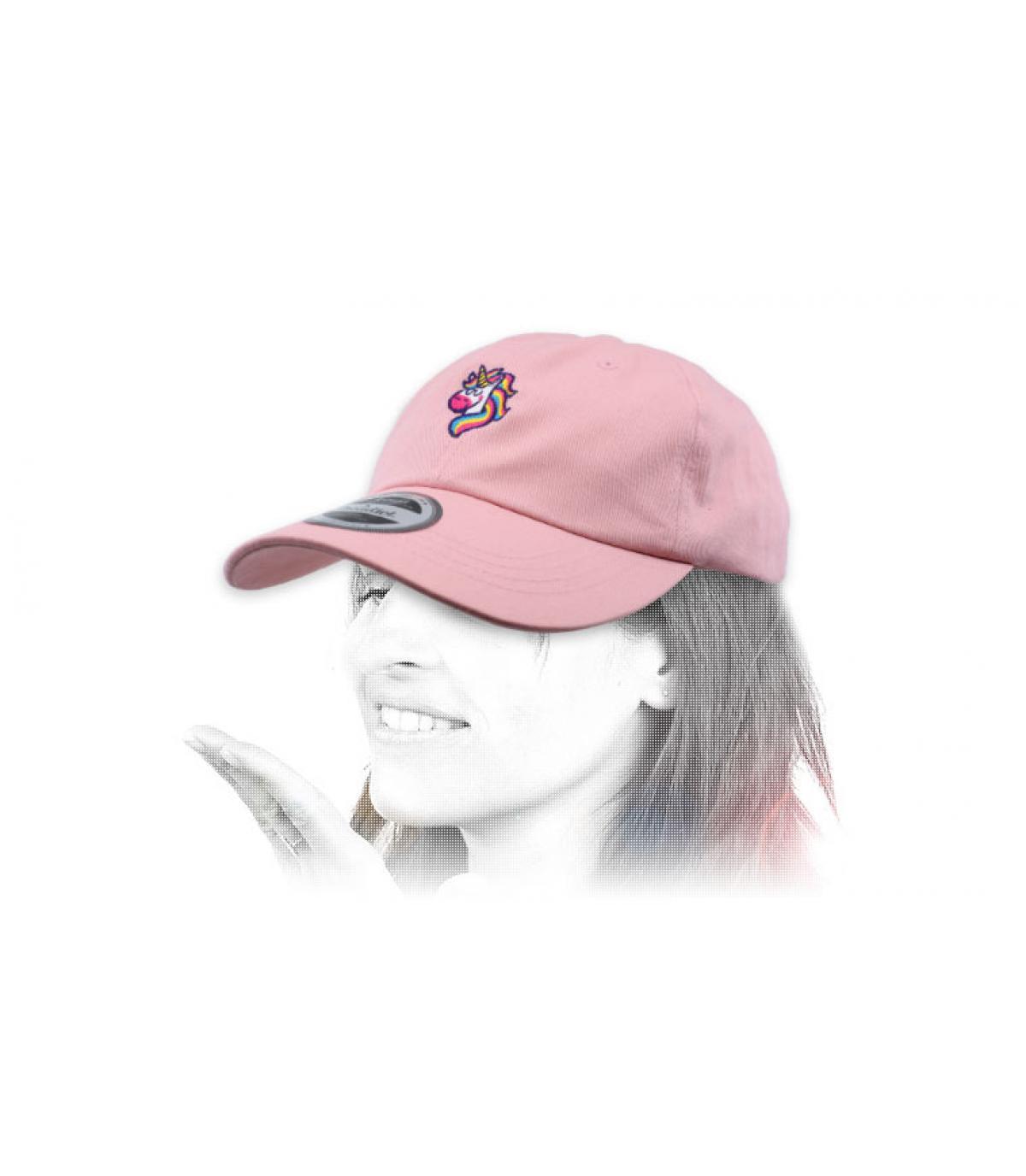gorra unicornio rosa