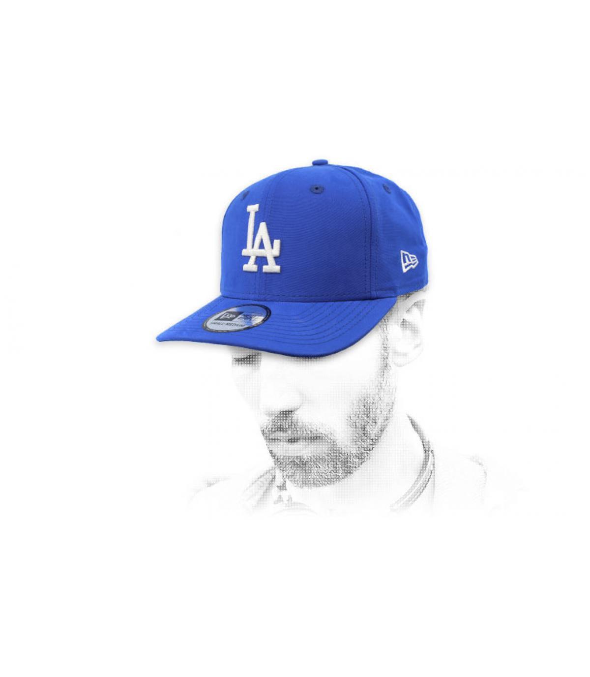 gorra LA azul repelente