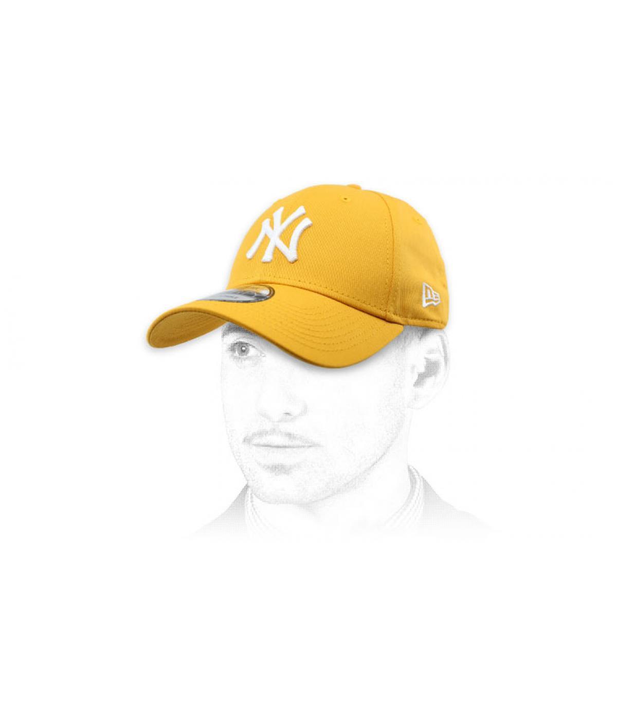 gorra NY amarillo