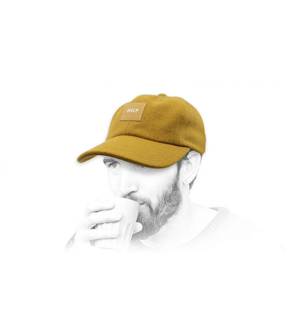 gorra lana Melton Huf amarillo