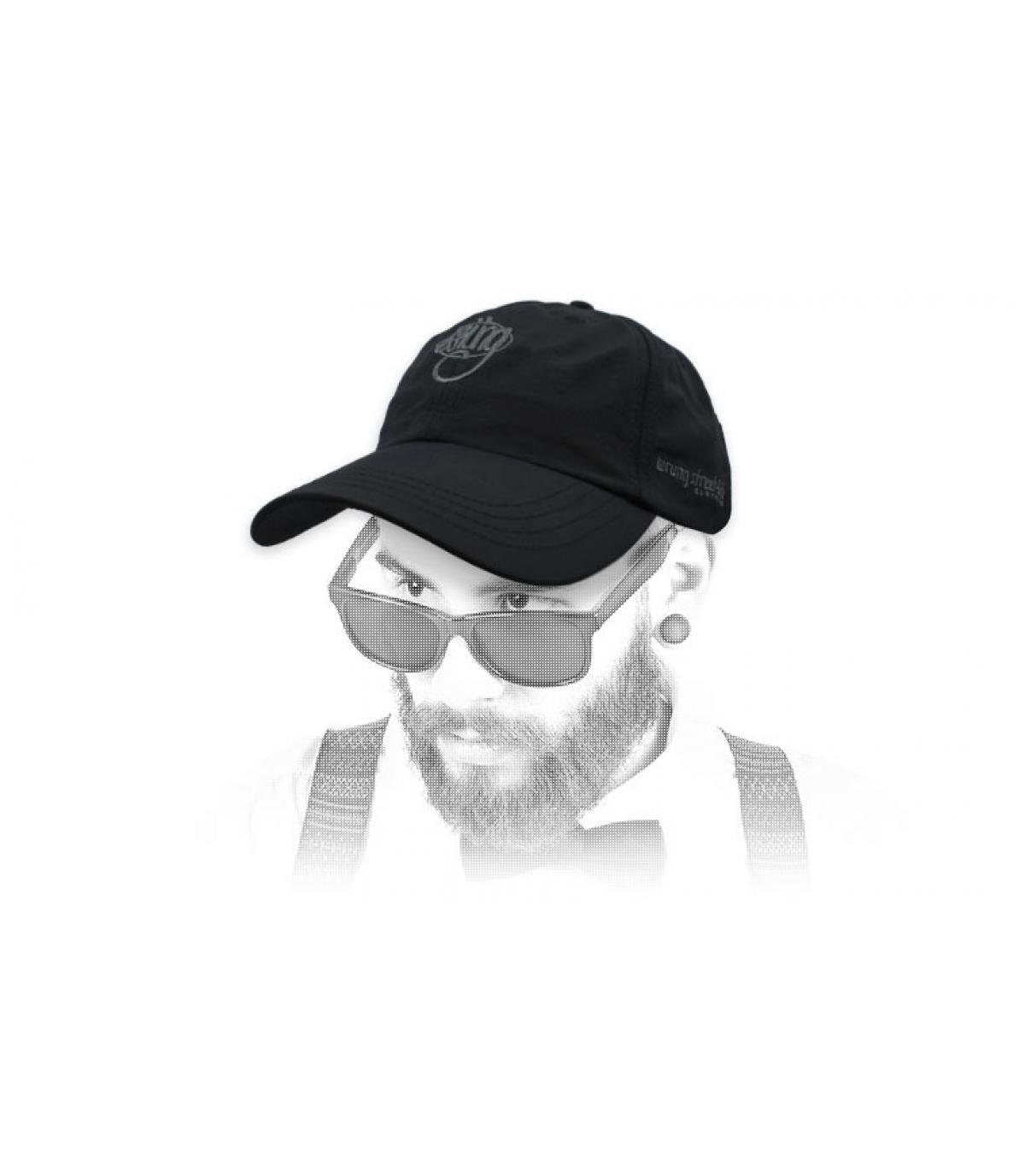 gorra Wrung negro logo 90