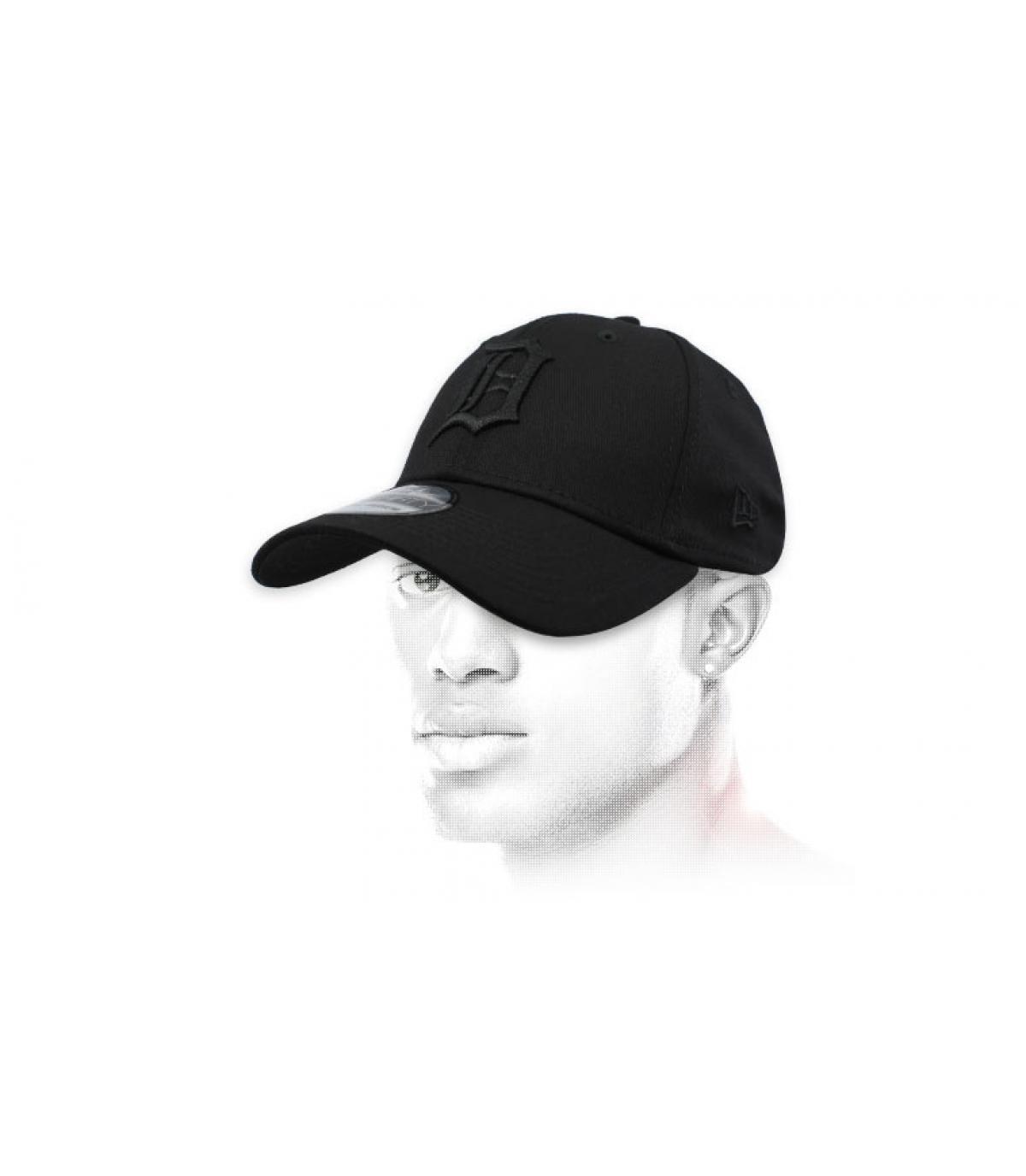 gorra Detroit negro