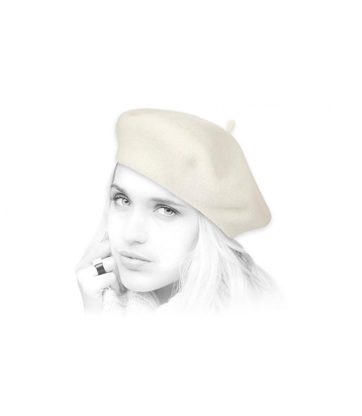 Gorro mujer beige