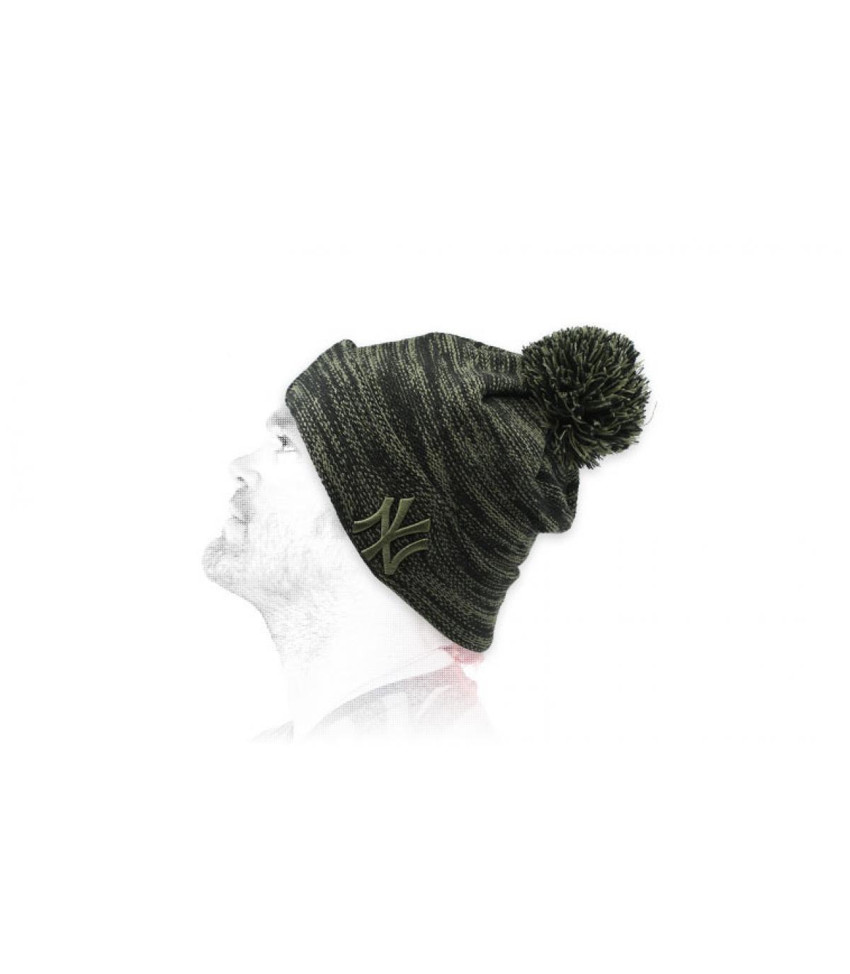gorro NY negro verde