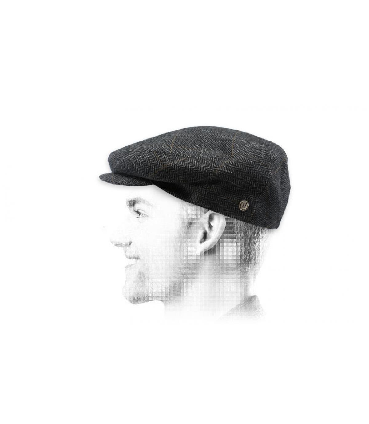 gorra gris estampado