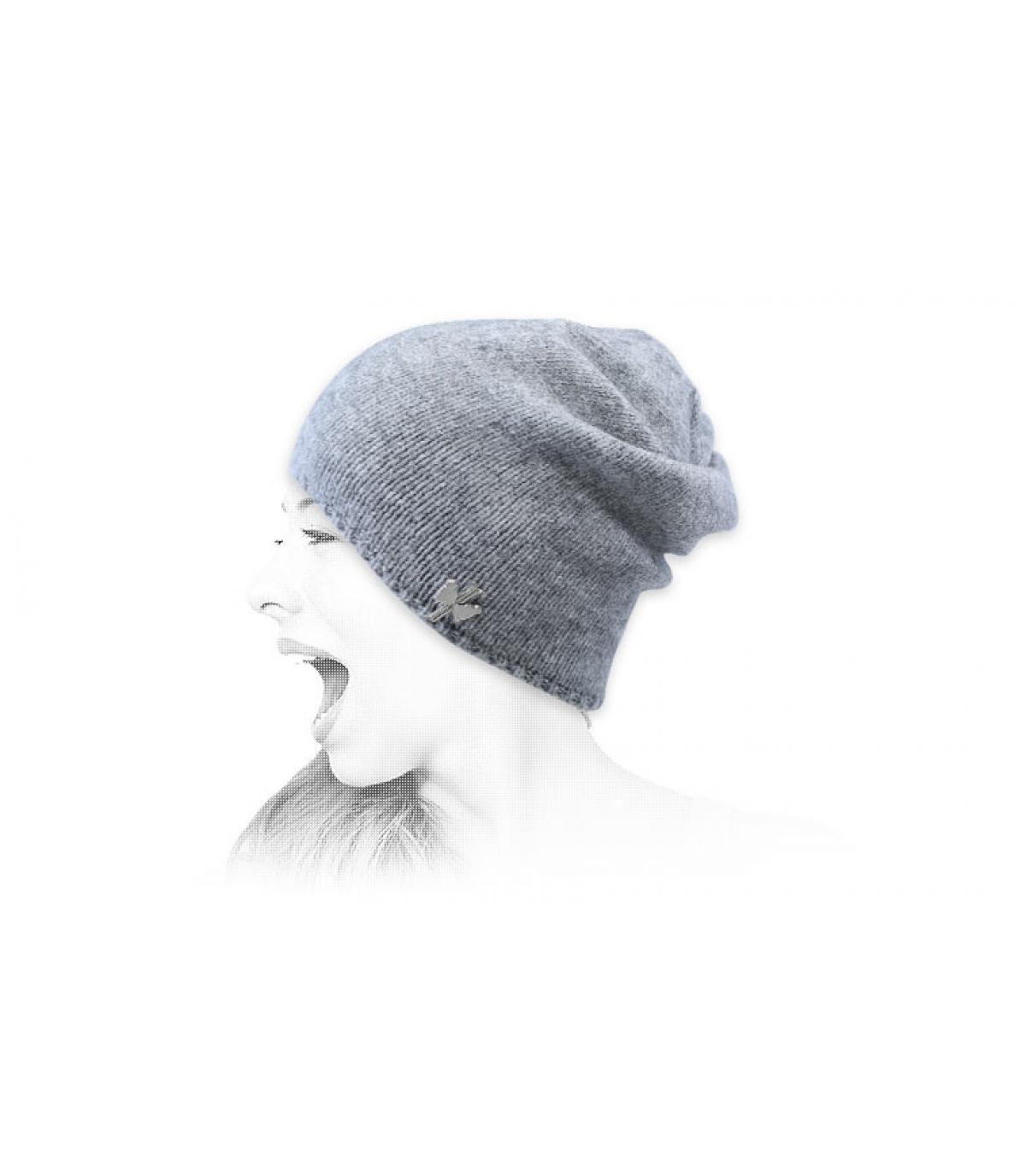 gorro largo gris lana