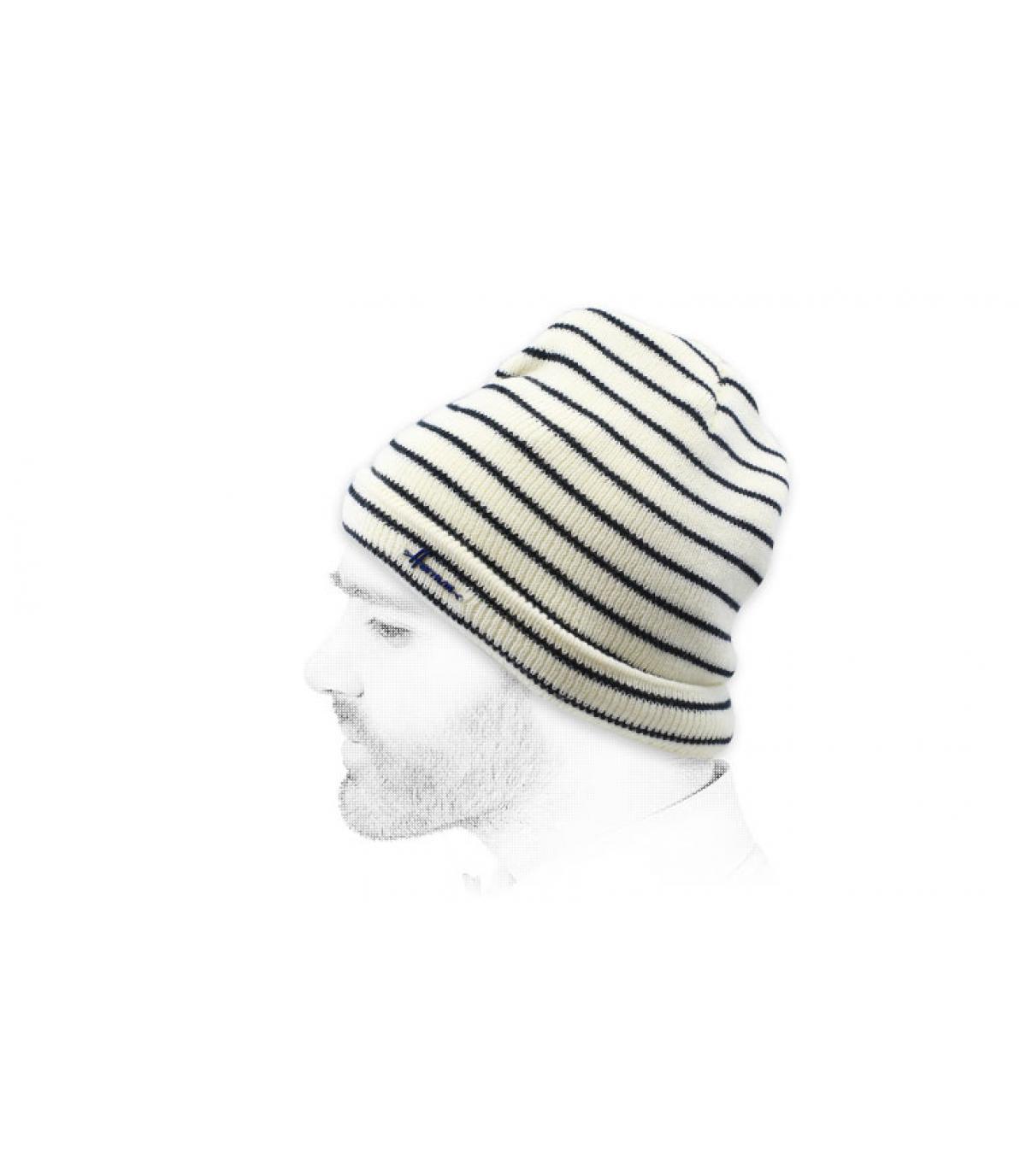 gorra rayas blanco negro
