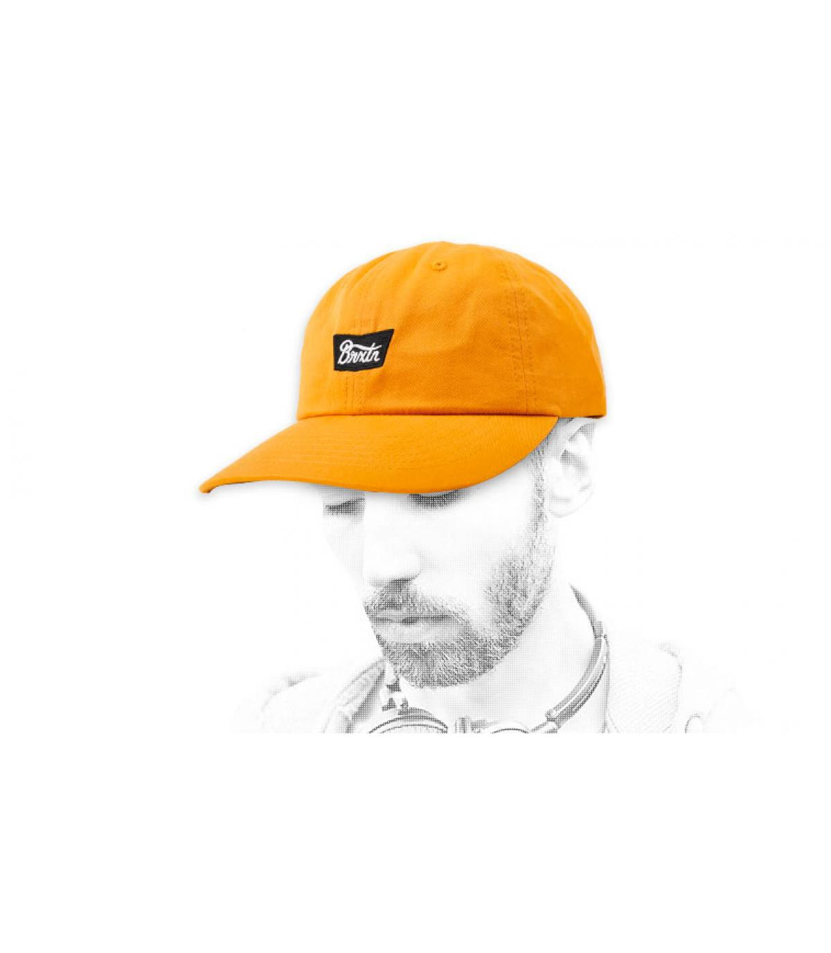 gorra amarillo mostaza