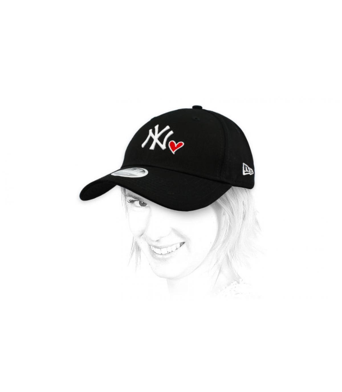 gorra mujer NY corazón negro