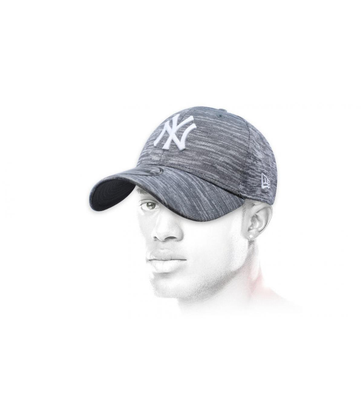 gorra NY gris jaspeado Engineered