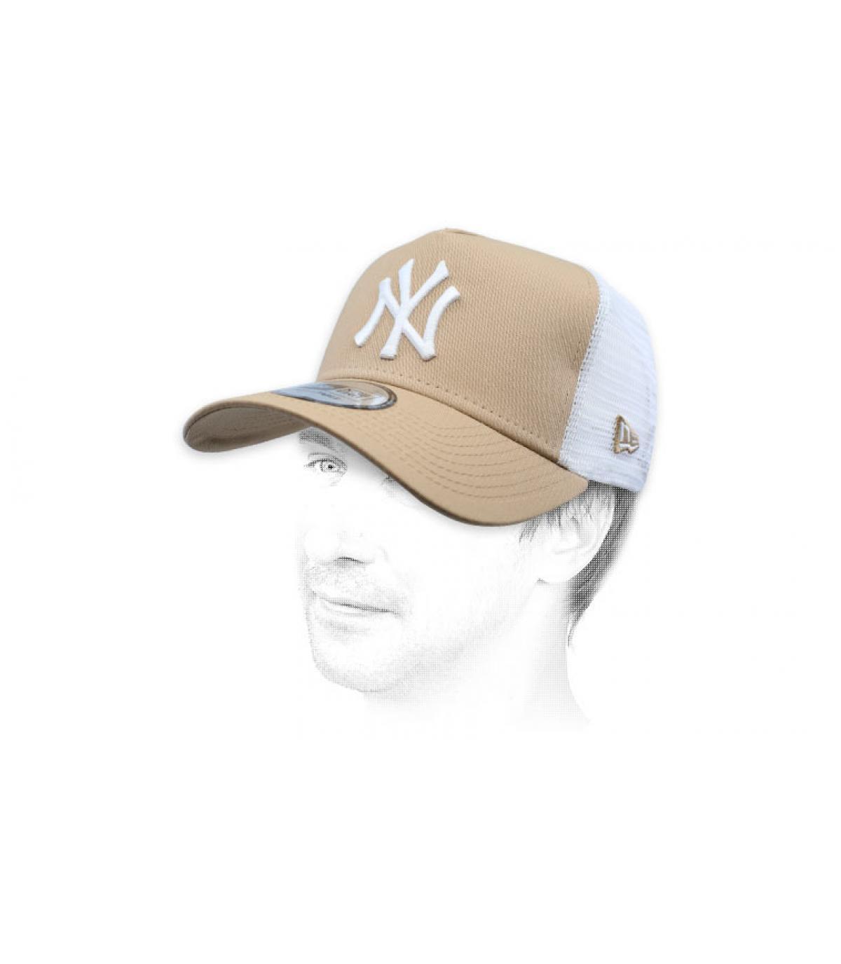 trucker NY beis blanco