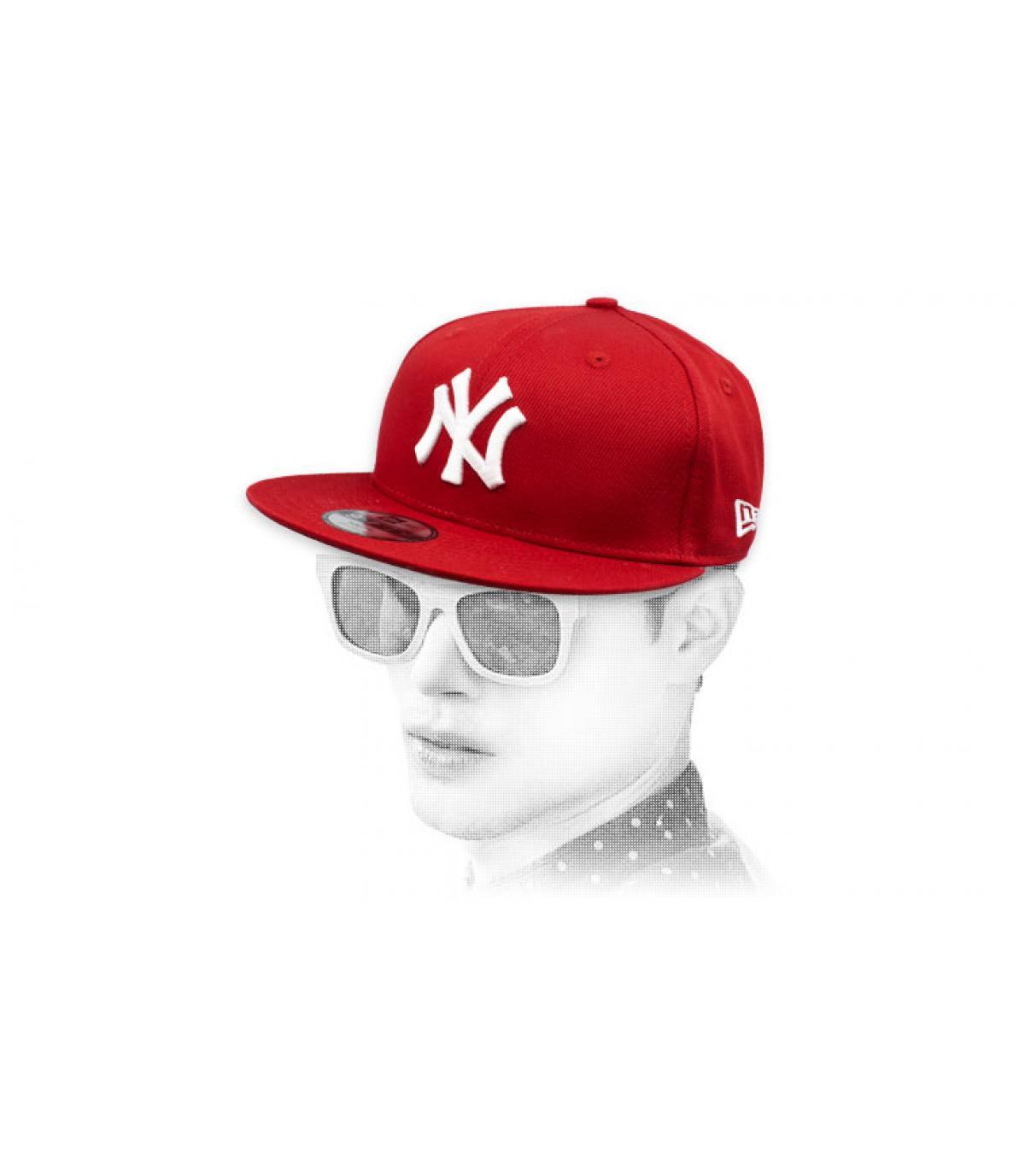snapback NY granate blanco