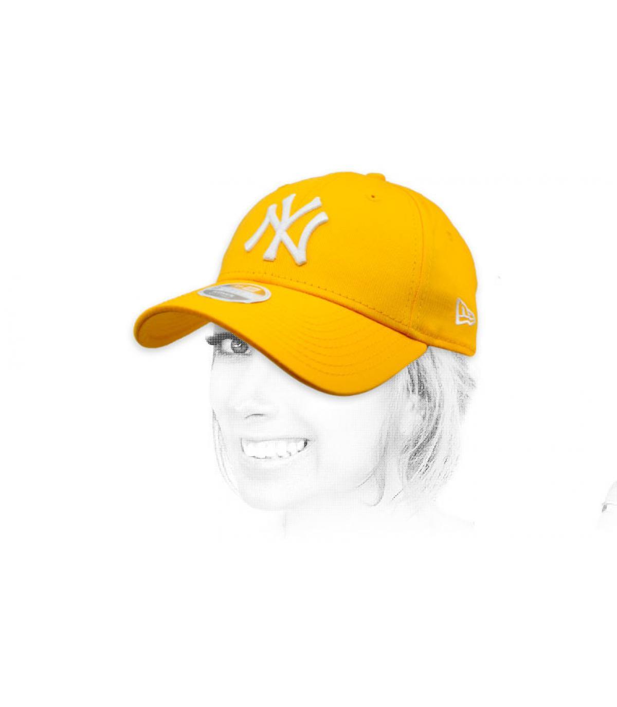 gorra NY mujer amarillo