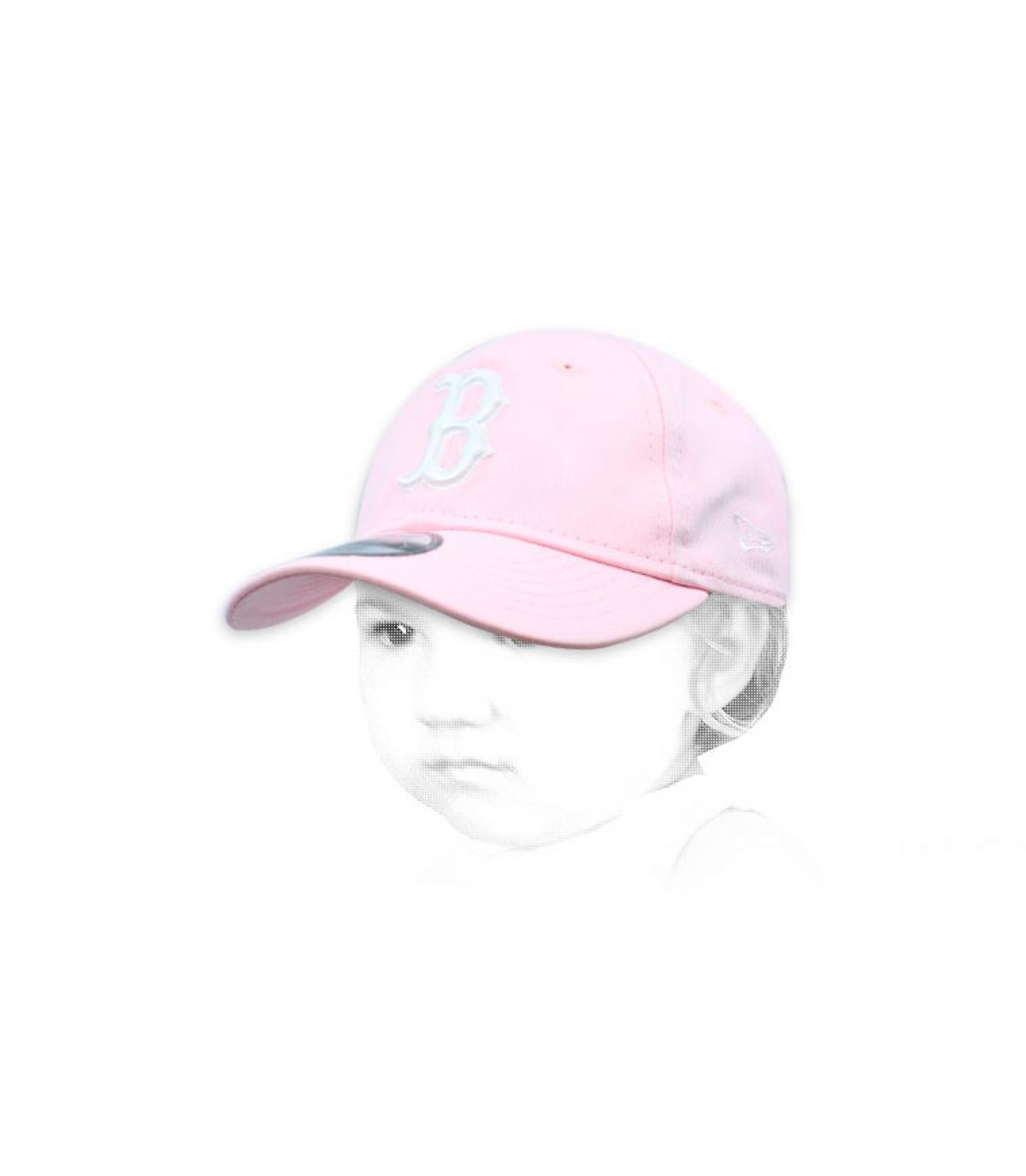 gorra bebe B rosa