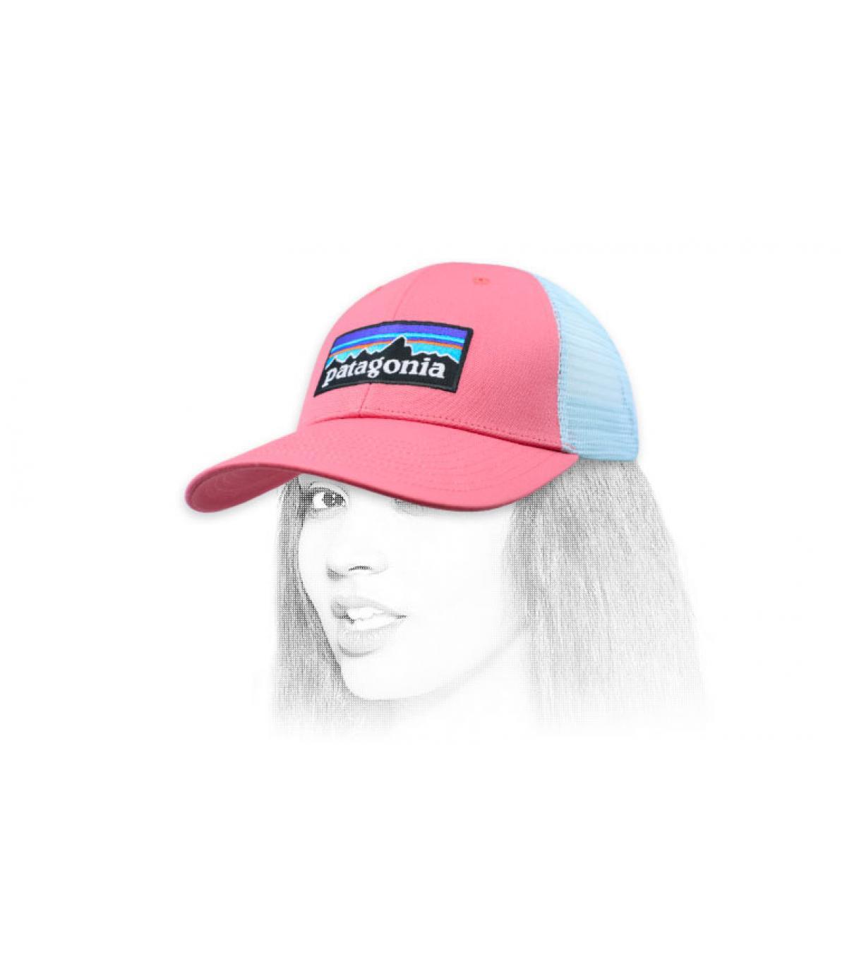 trucker Patagonia rosa