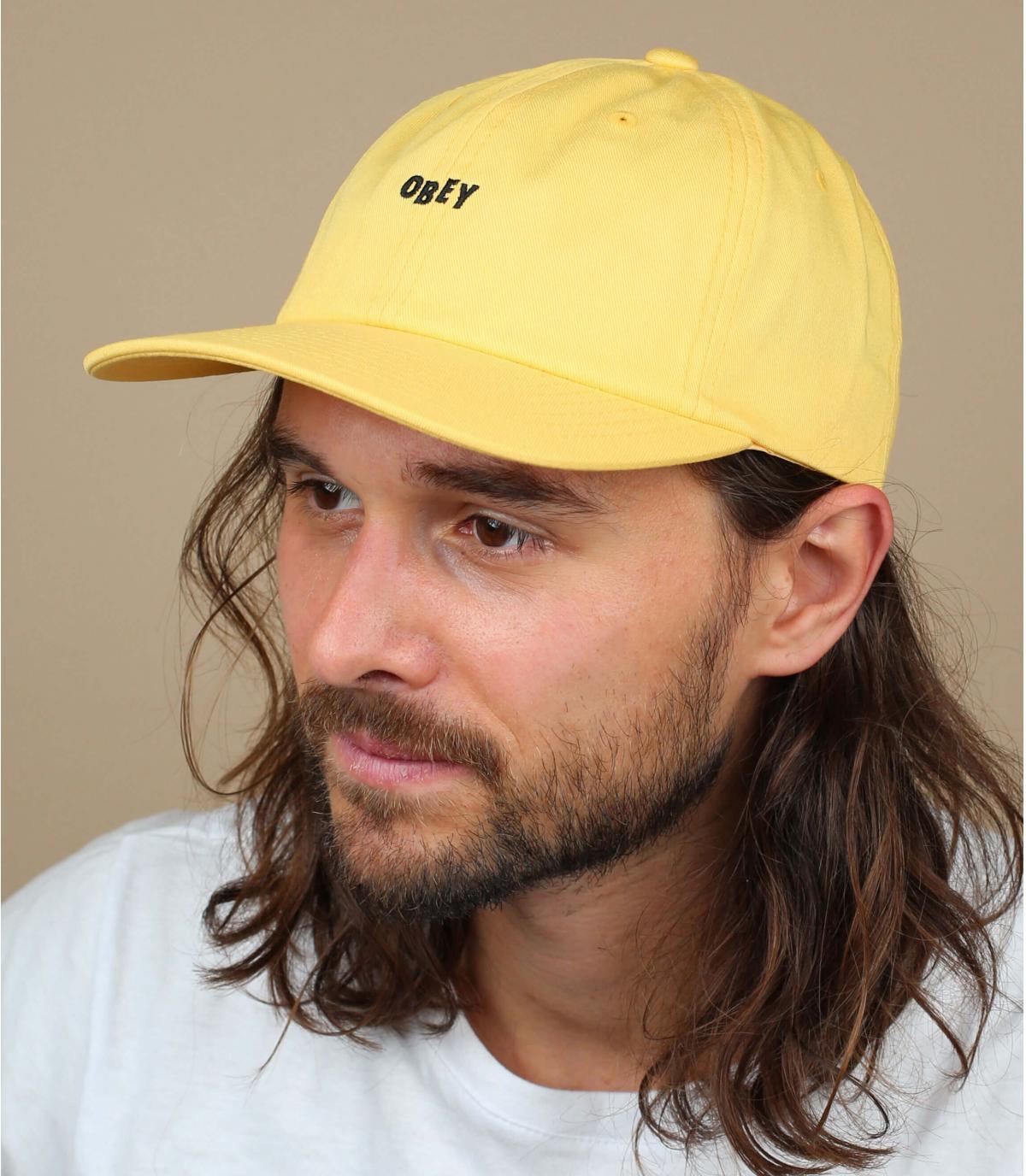 gorra Obey amarillo