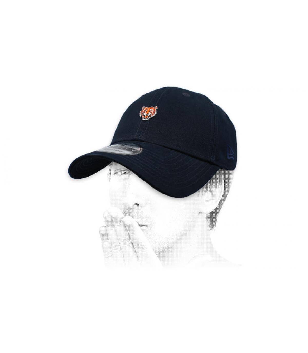 gorra tigre negro