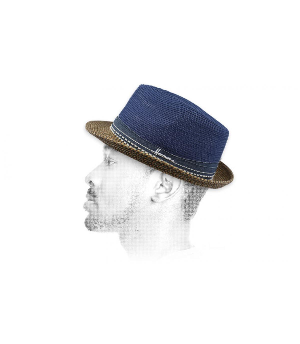 sombrero azul resistente agua