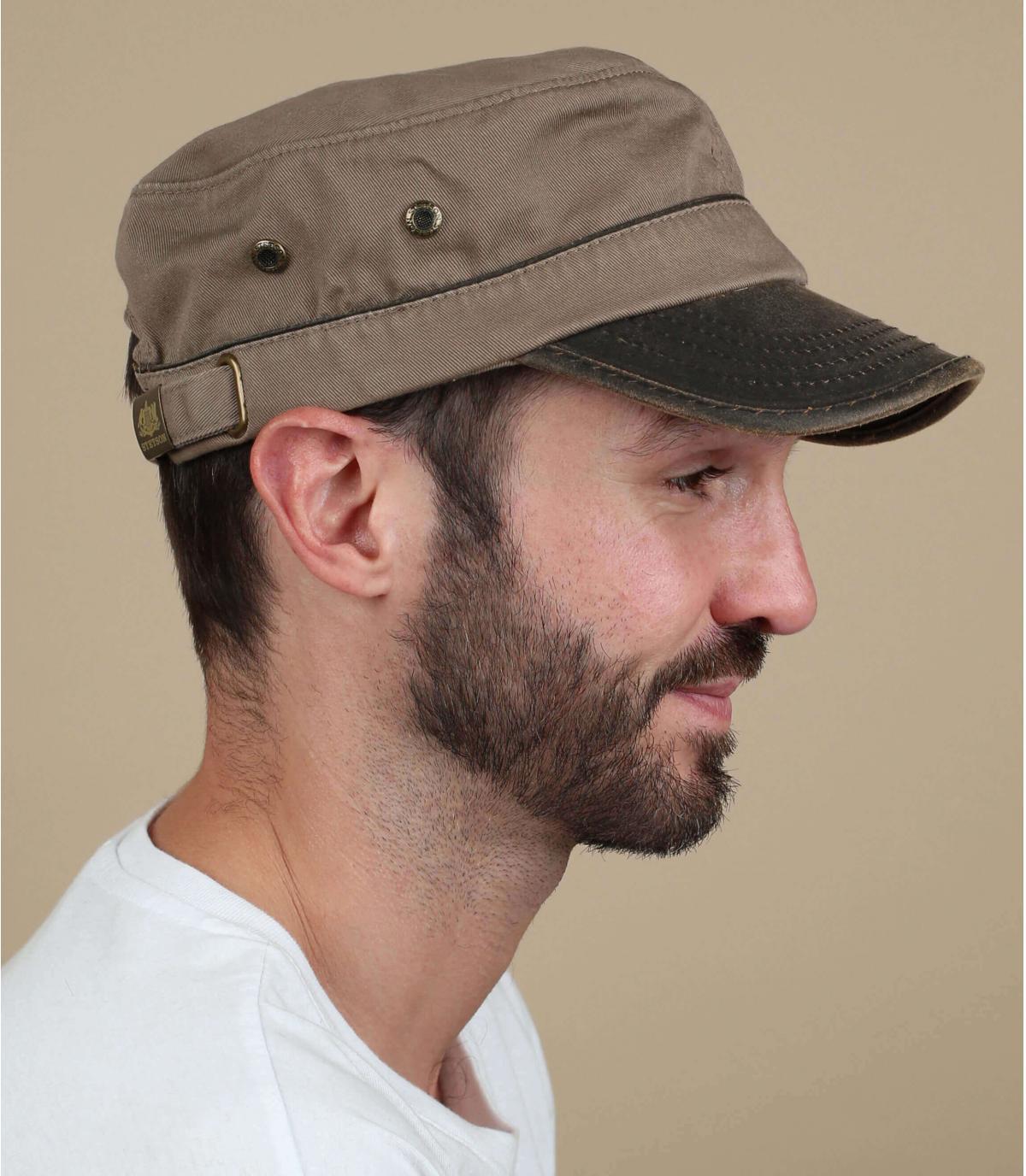 gorra army marrón