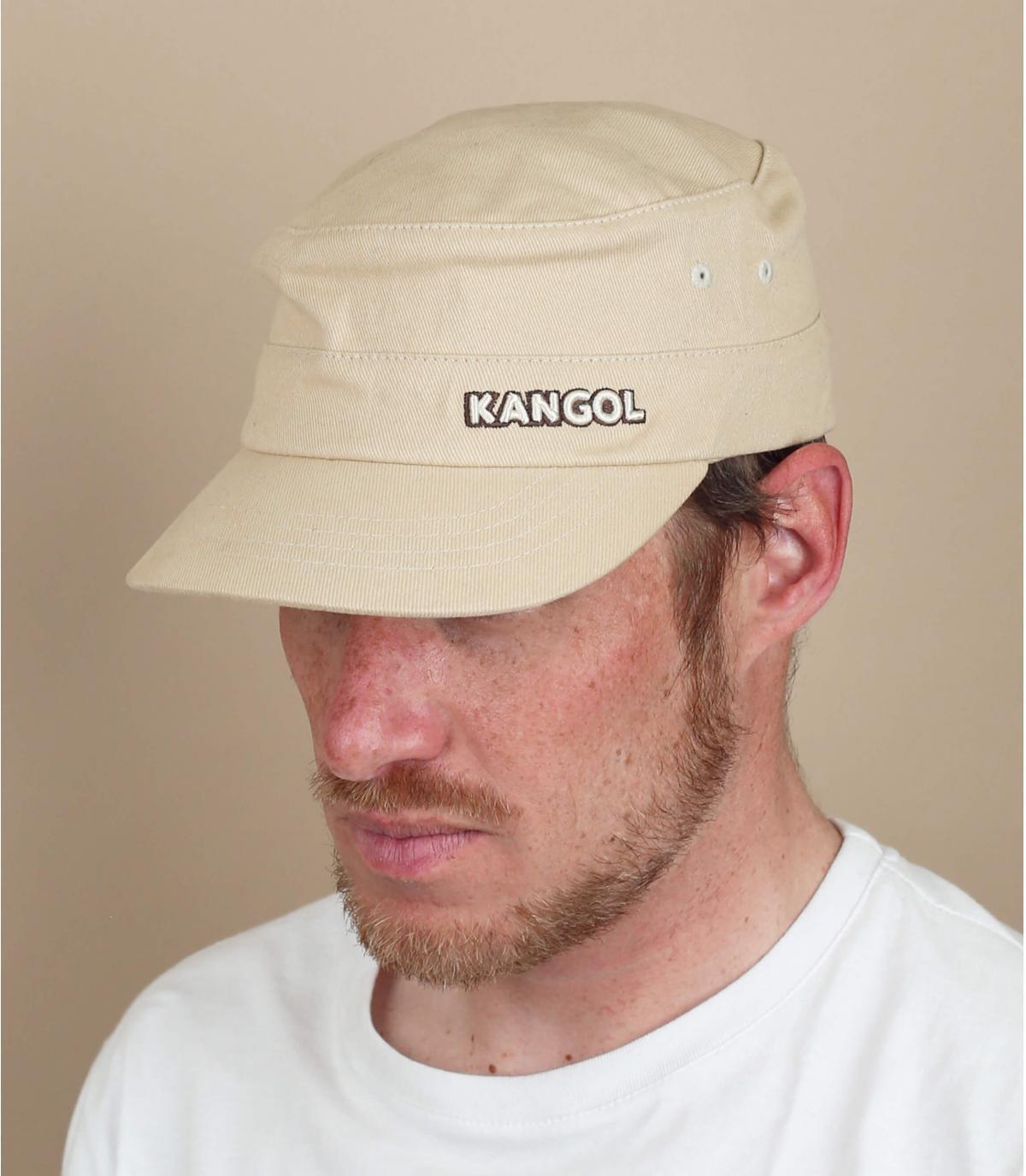 gorra army beis Kangol