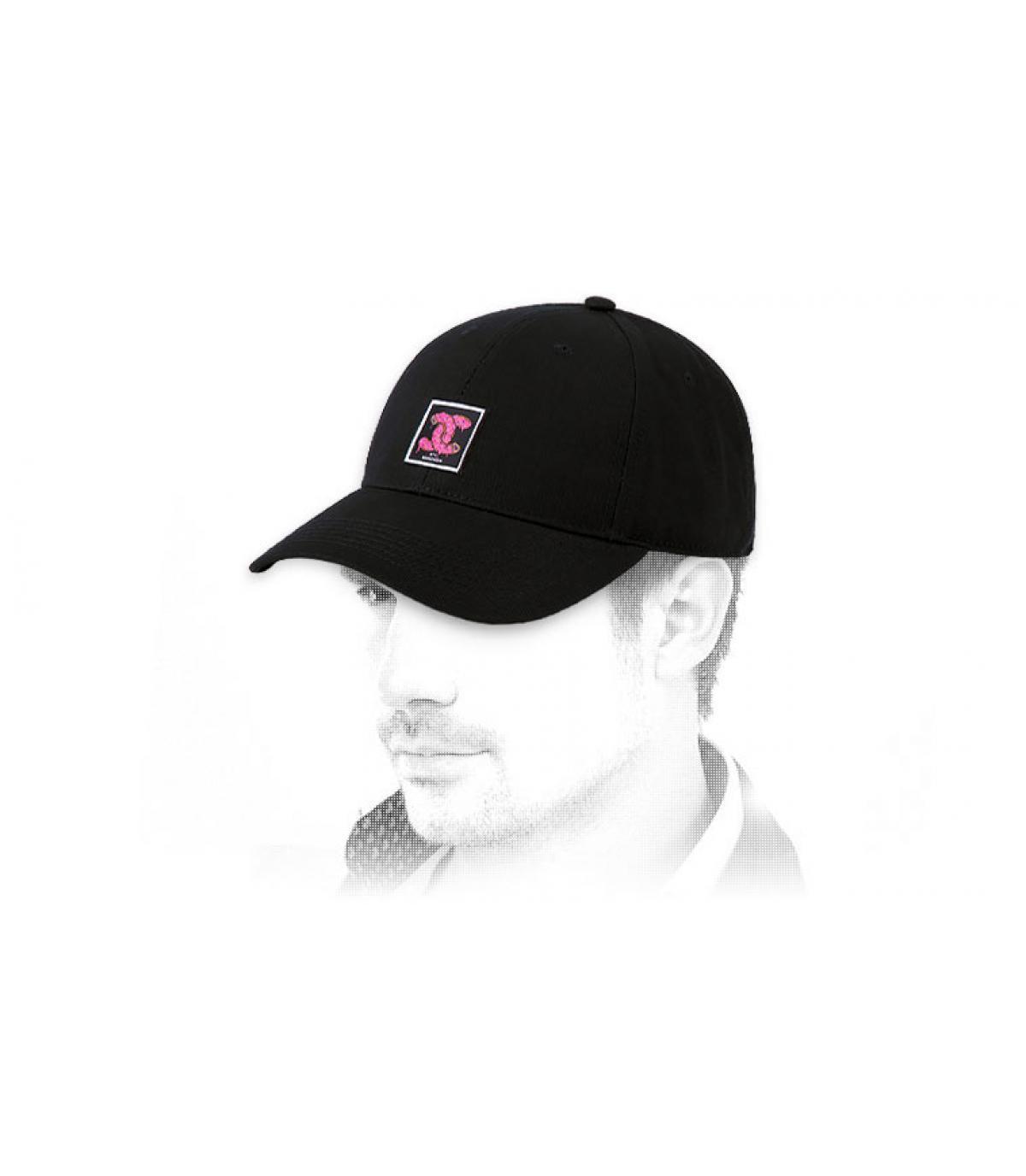 gorra logo donut Cayler negro