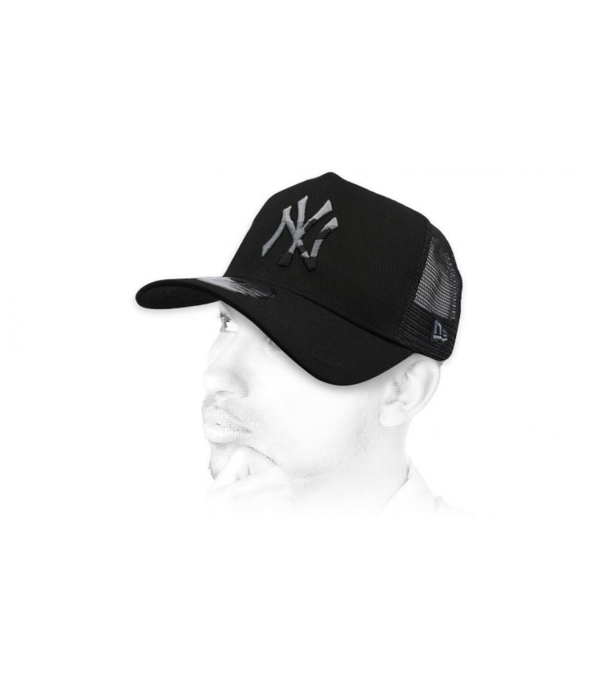 trucker negro NY camo