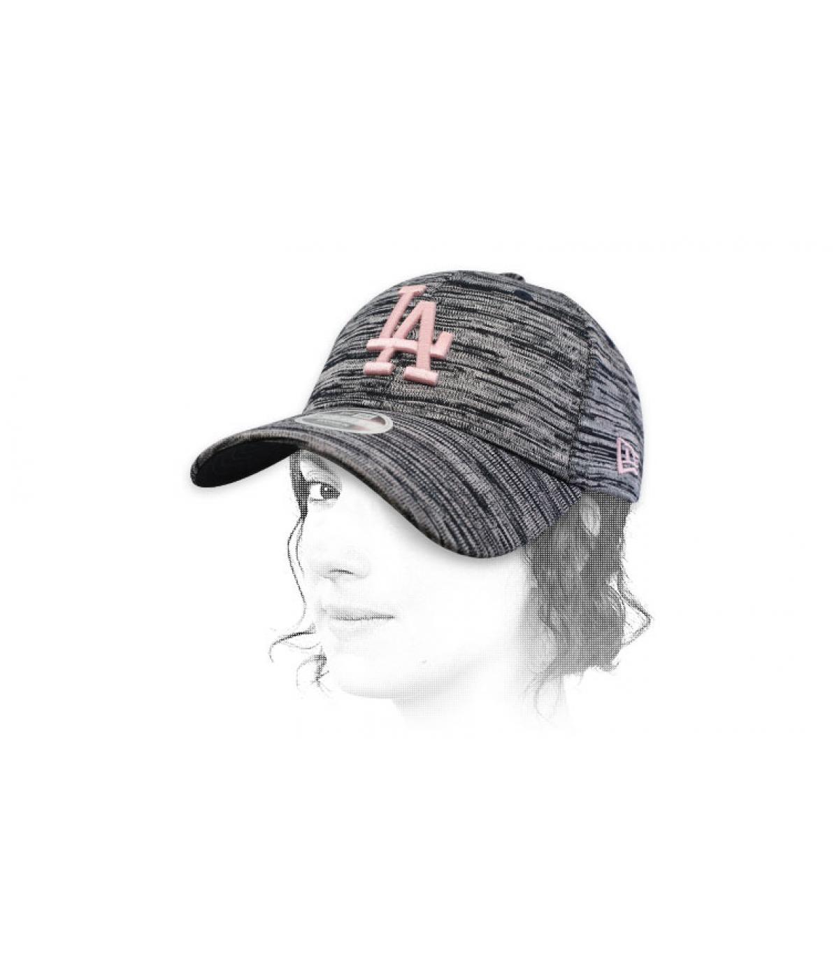 gorra azul rosa LA