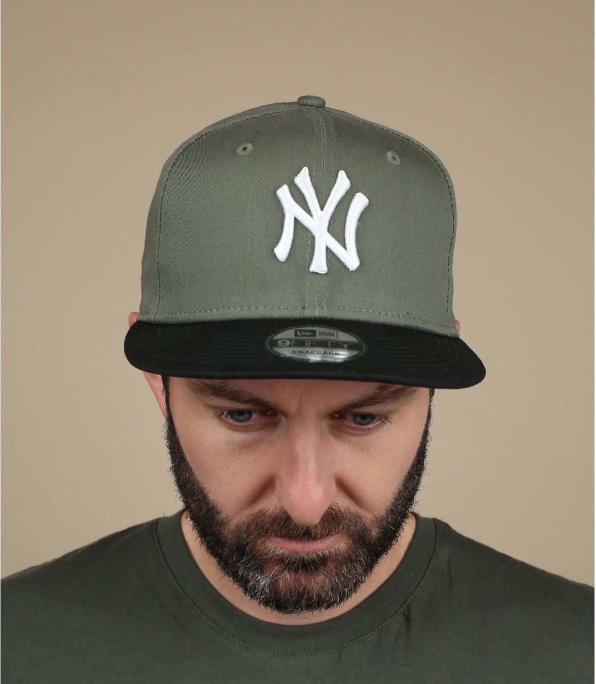 snapback verde NY