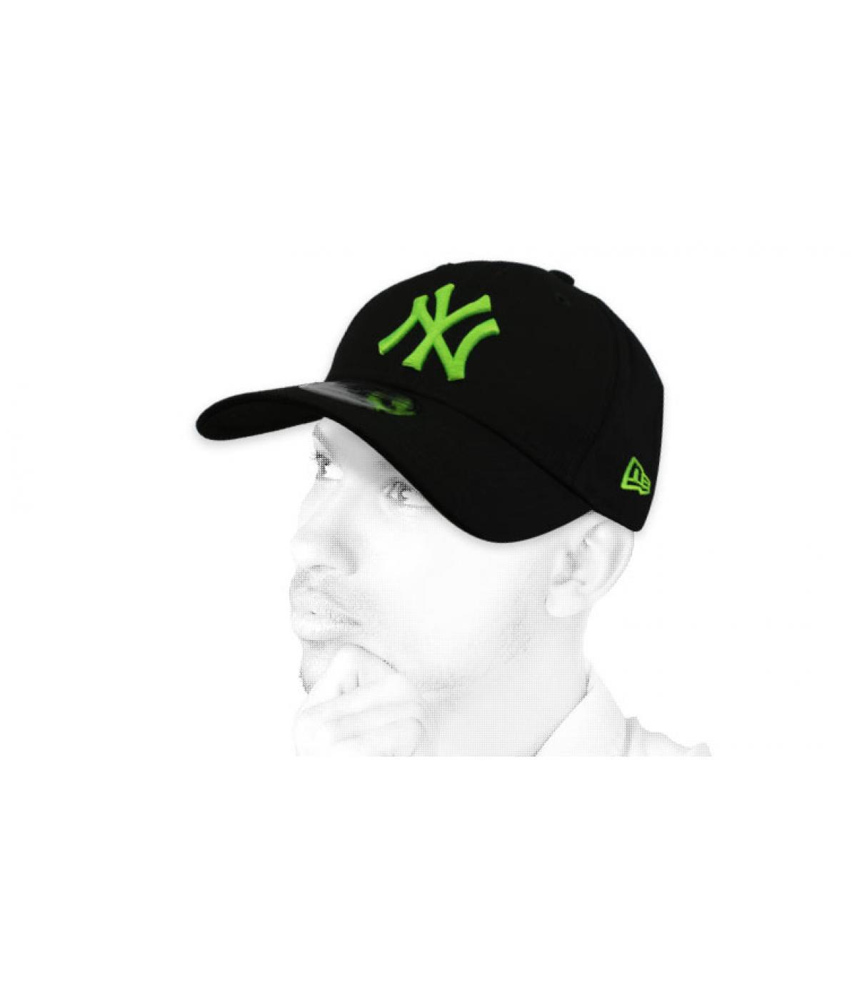 gorra NY negro verde