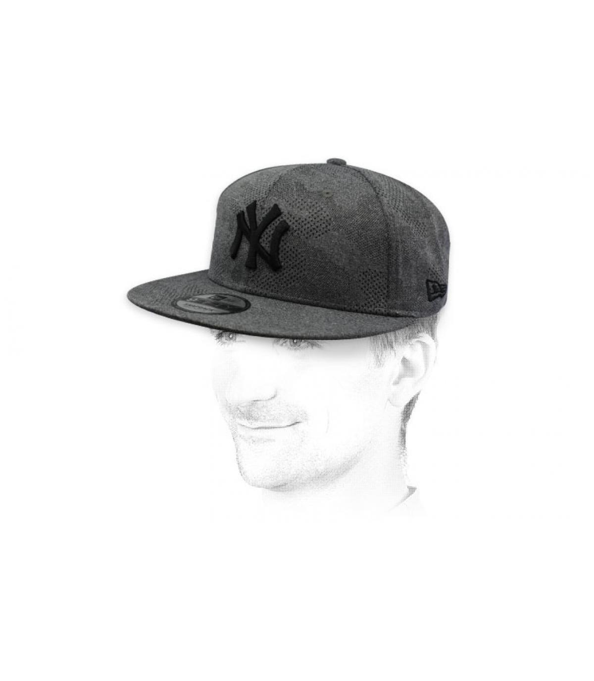 snapback NY gris negro