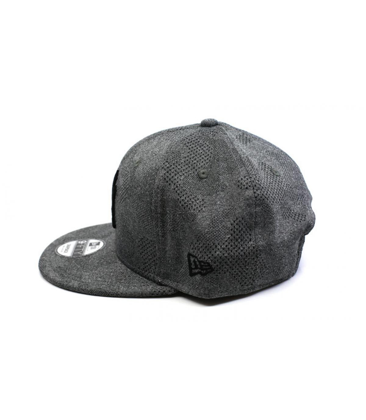 Detalles Engineered Plus NY 950 gray black imagen 4