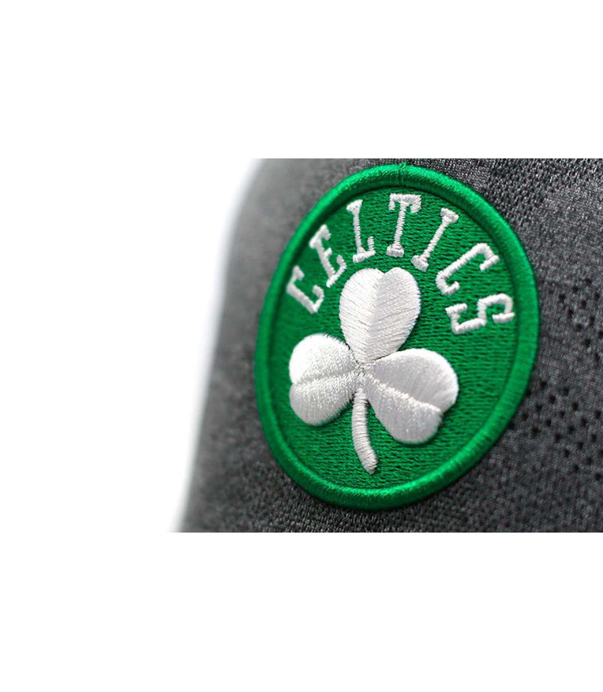 Detalles Enginneered Plus Celtics Aframe black imagen 3