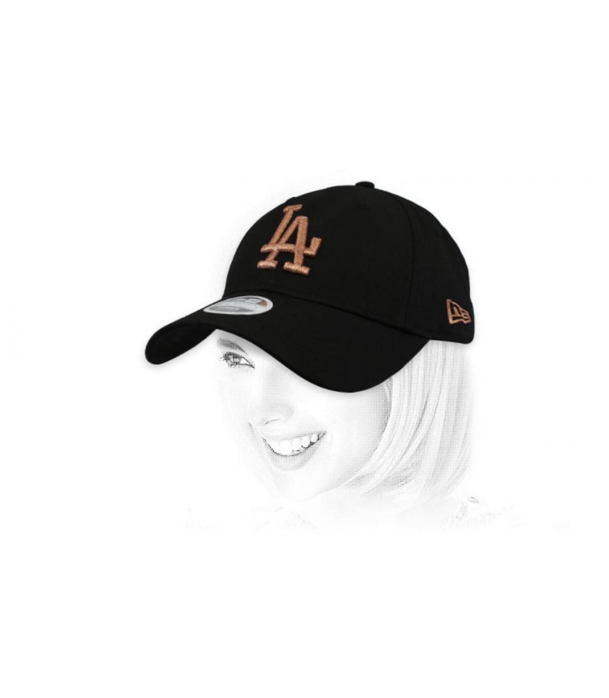 gorra LA mujer negro oro rosa