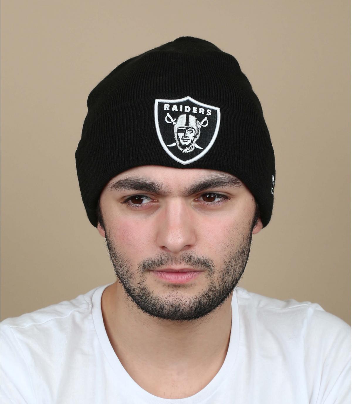 gorro puño Raiders negro
