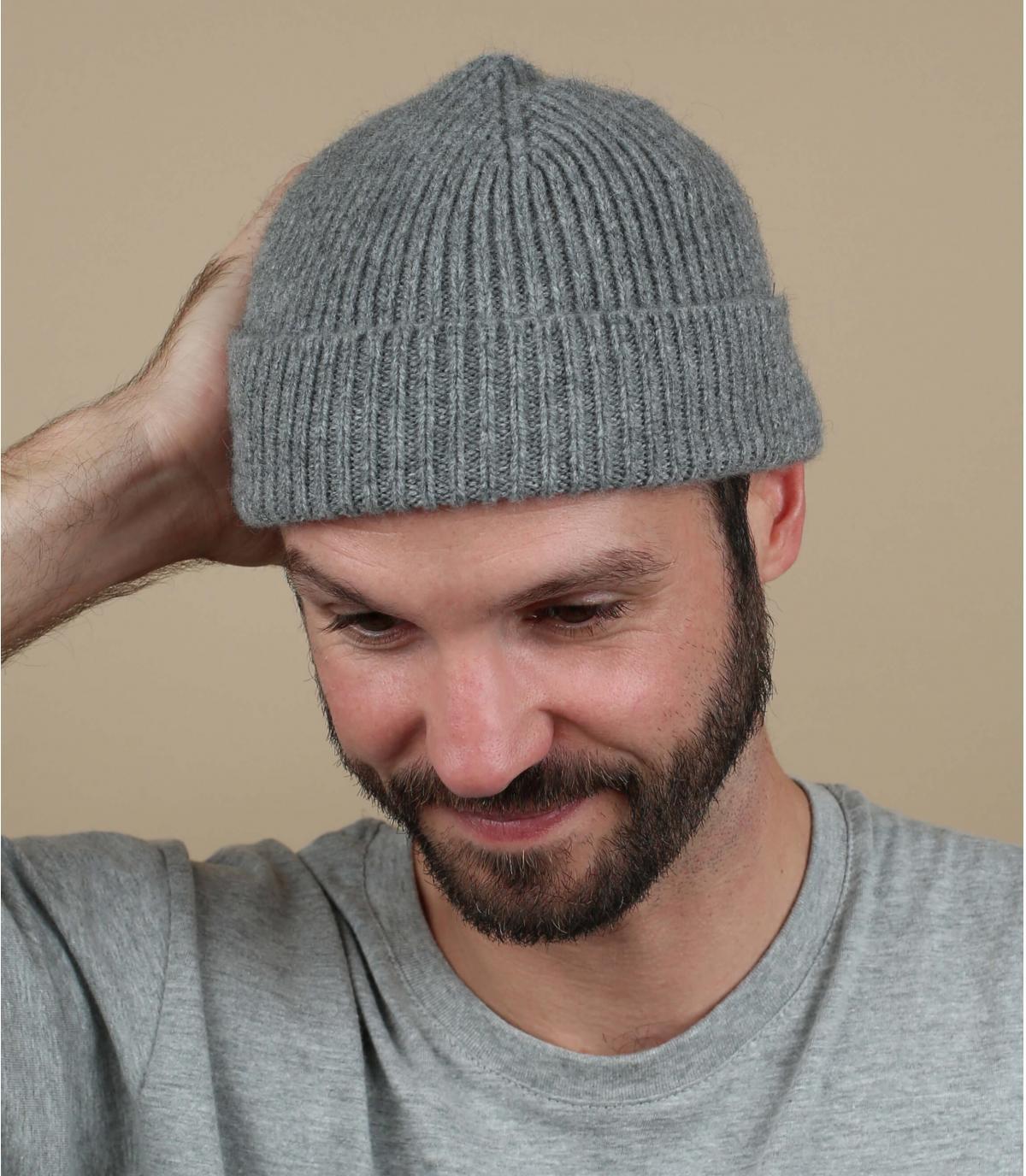gorro gris lana cordero