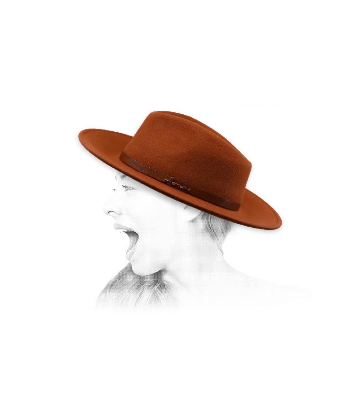 fedora naranja Herman