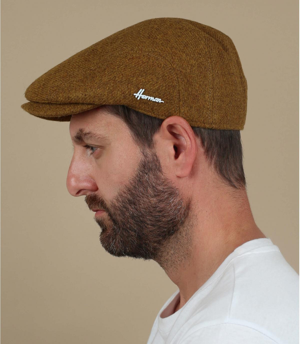 gorra amarillo lana