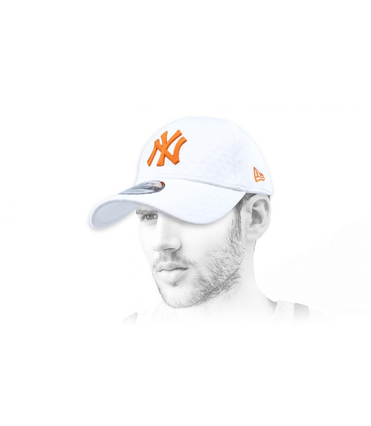 gorra NY blanco naranja