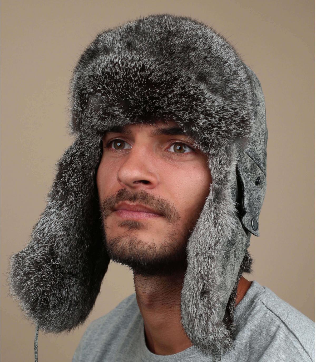 gorro ruso gris cuero
