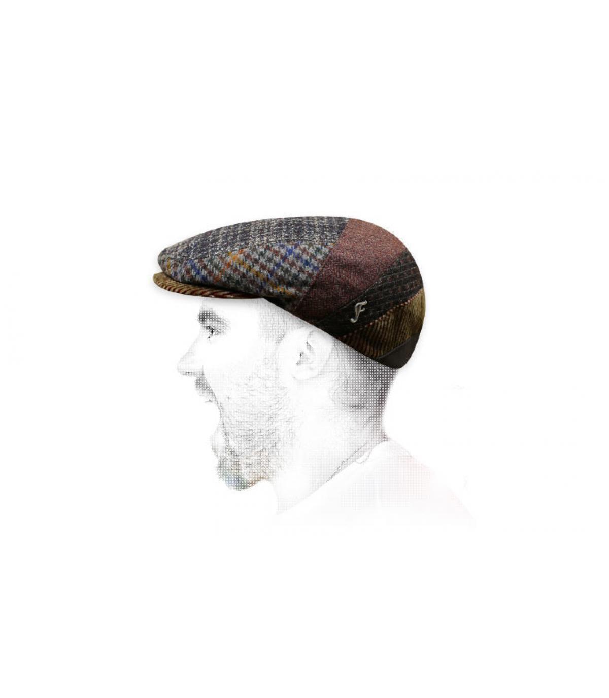 gorra lana marrón cuadros