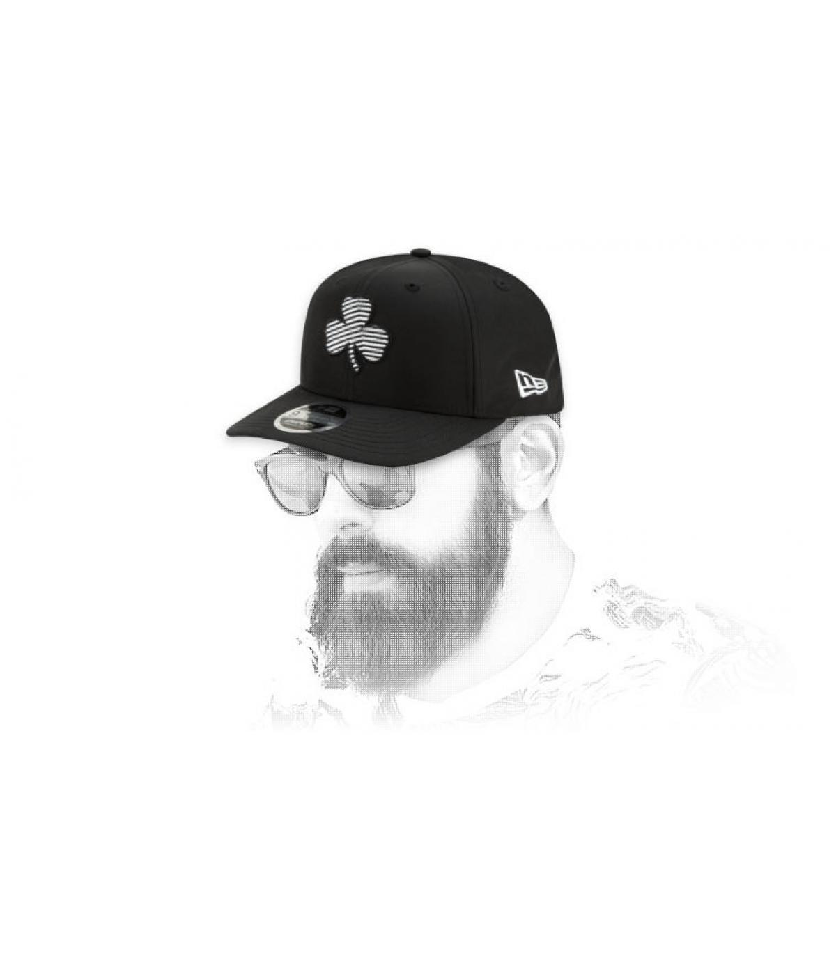 snapback Celtics negro logo rayas