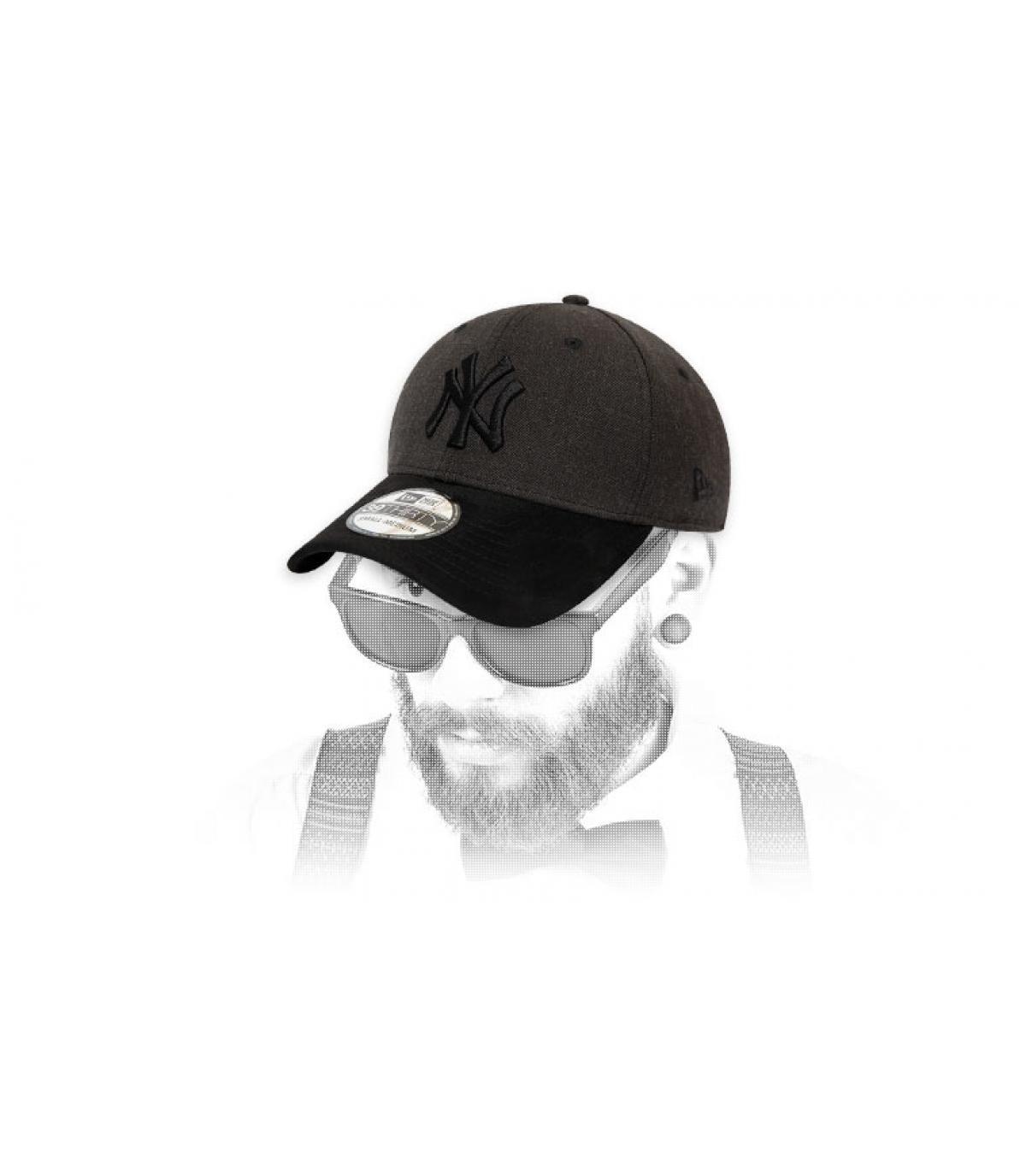 gorra NY gris negro ante