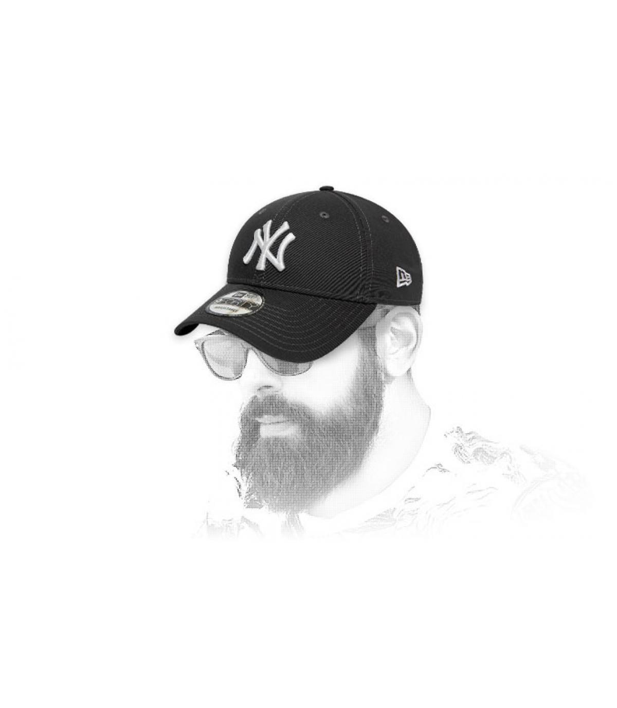 gorra NY gris blanco