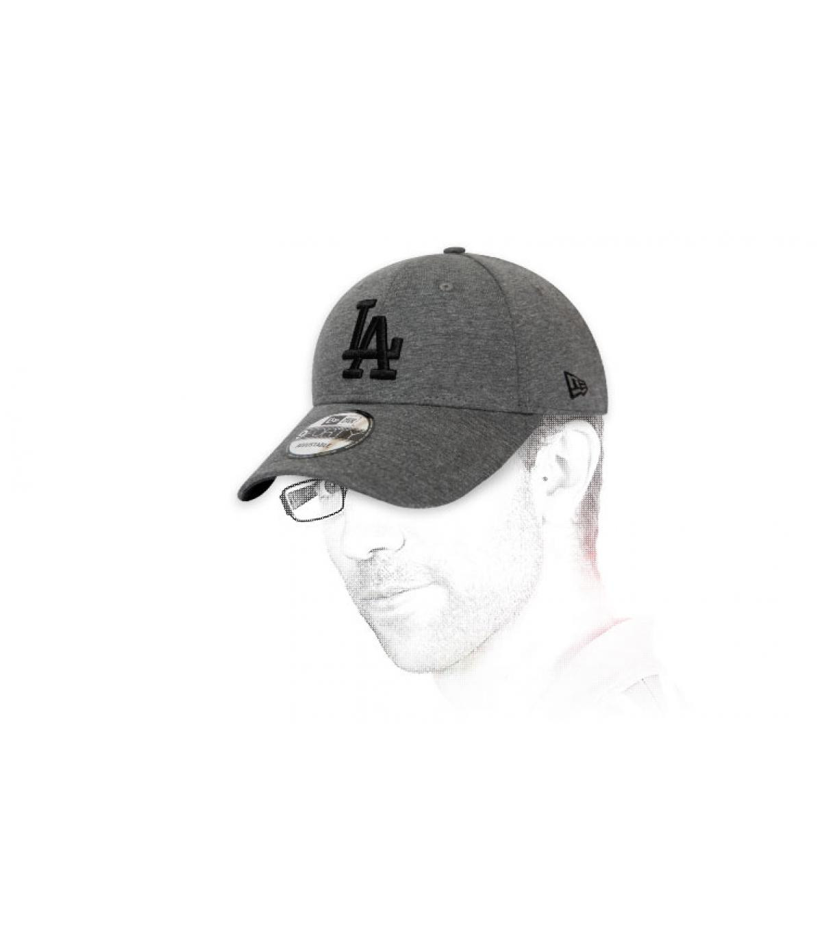 gorra LA gris negro