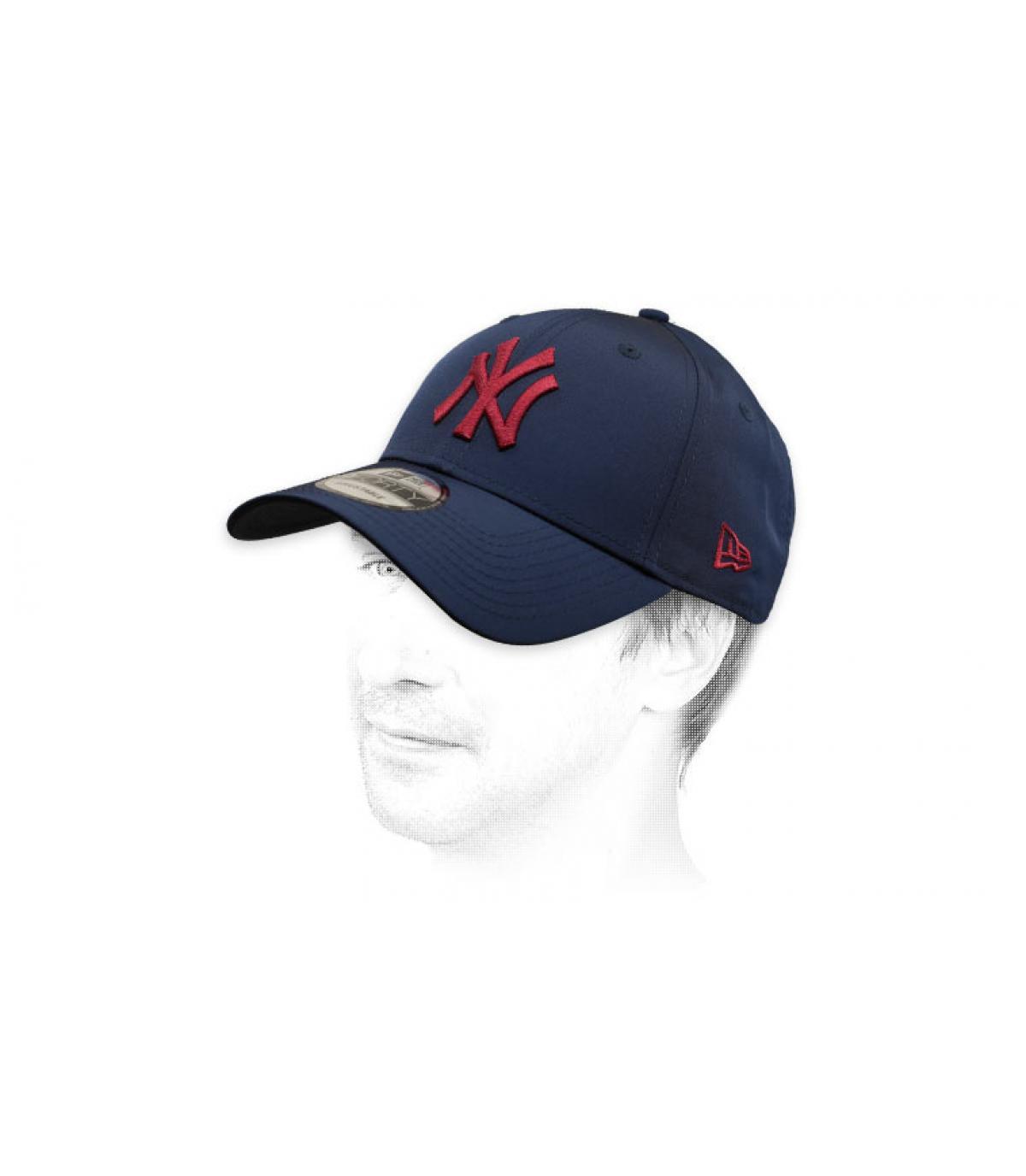 gorra NY azul granate