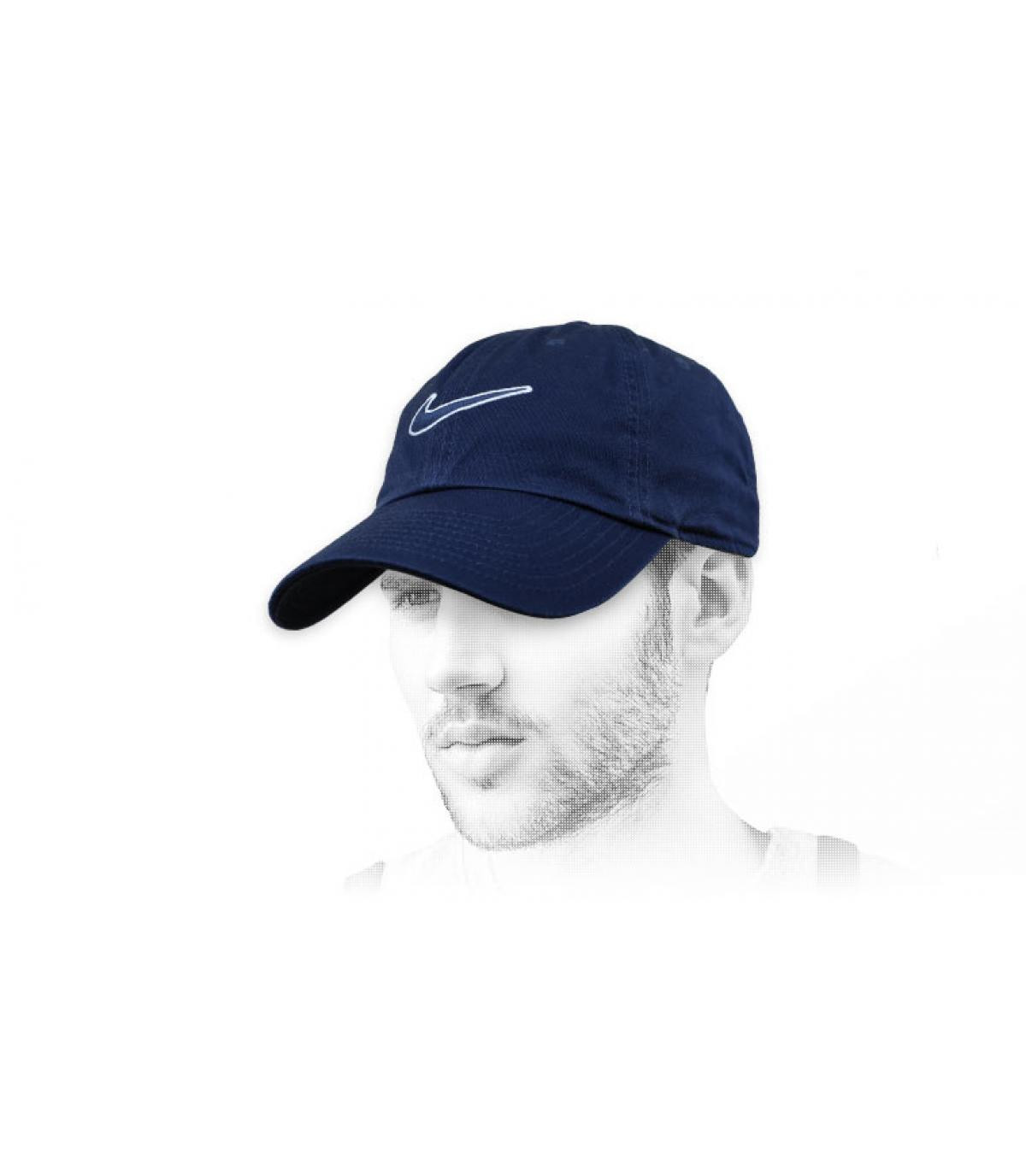 gorra Nike swoosh negro