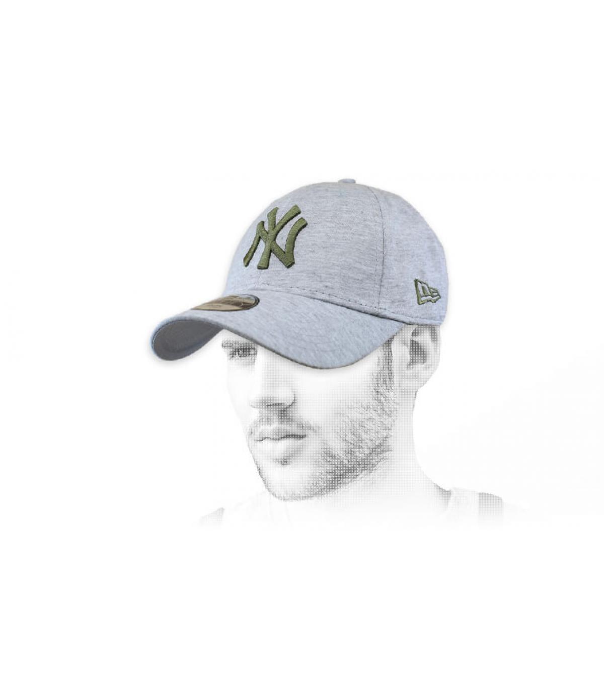 gorra NY gris verde