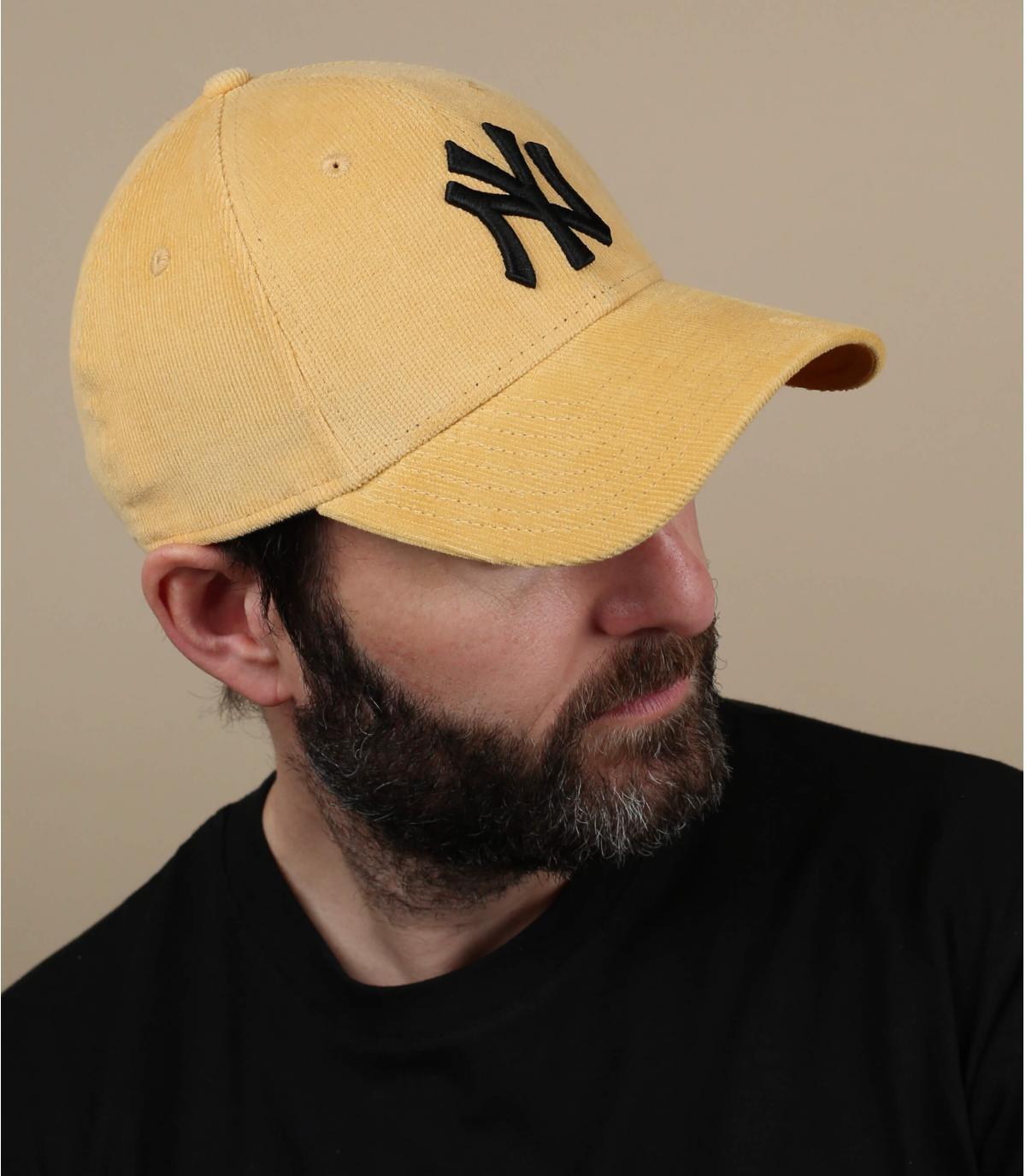 gorra NY pana amarillo