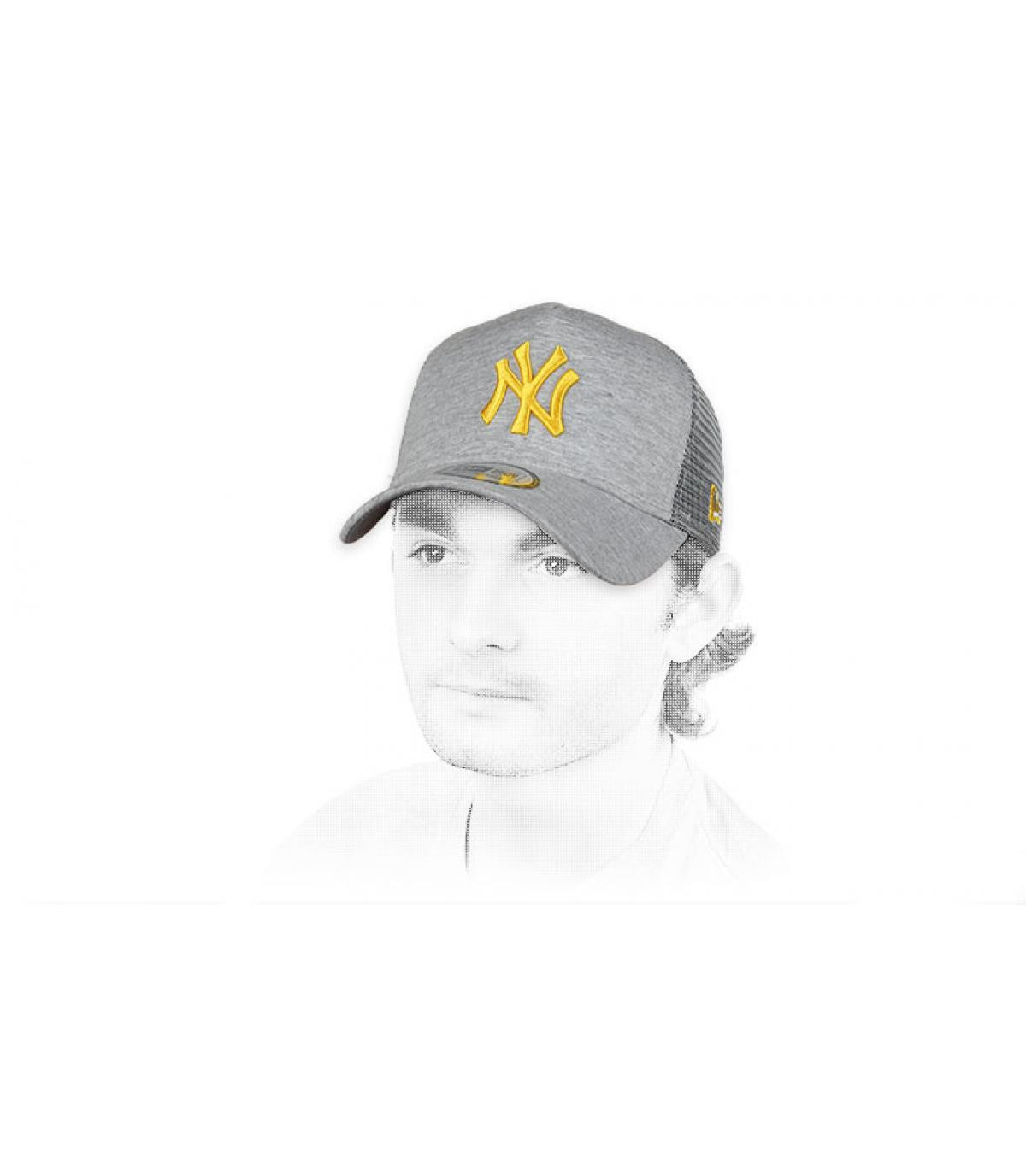 trucker NY gris amarillo