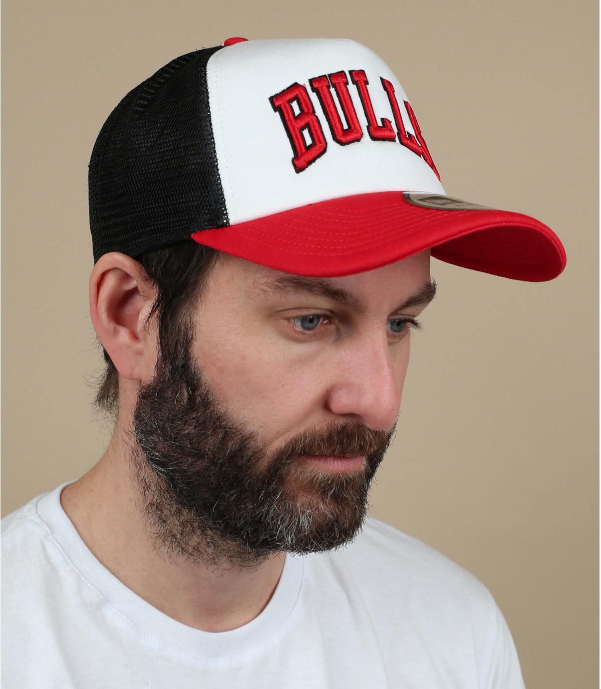 gorro Bulls blanco rojo